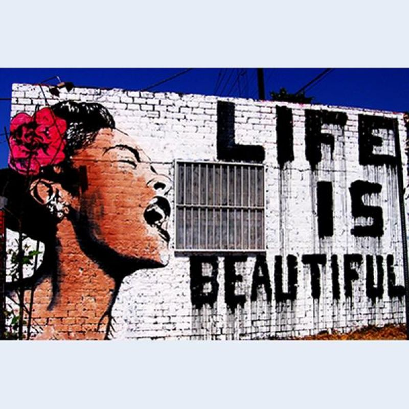 foto auf leinwand berlin streetart life is beautiful k. Black Bedroom Furniture Sets. Home Design Ideas