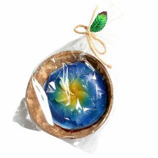 Kerze - Hibiskus in Kokosnussschale - blau-gelb