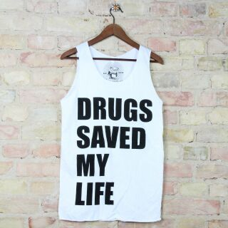 Tank Top unisex mit Aufdruck DRUGS SAVED MY LIFE