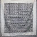 Baumwolltuch - Blumenmuster 3 grau - quadratisches Tuch