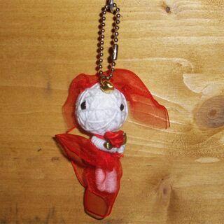 Voodoo Püppchen - Lady in Red - Voodoopuppe - Schlüsselanhänger