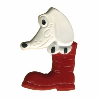 Pin - Dog in shoe - red - Badge